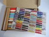 00 Nieuw! Set van 48 encaustic wasstaafjes in een doosje met kleurenkaart!_19